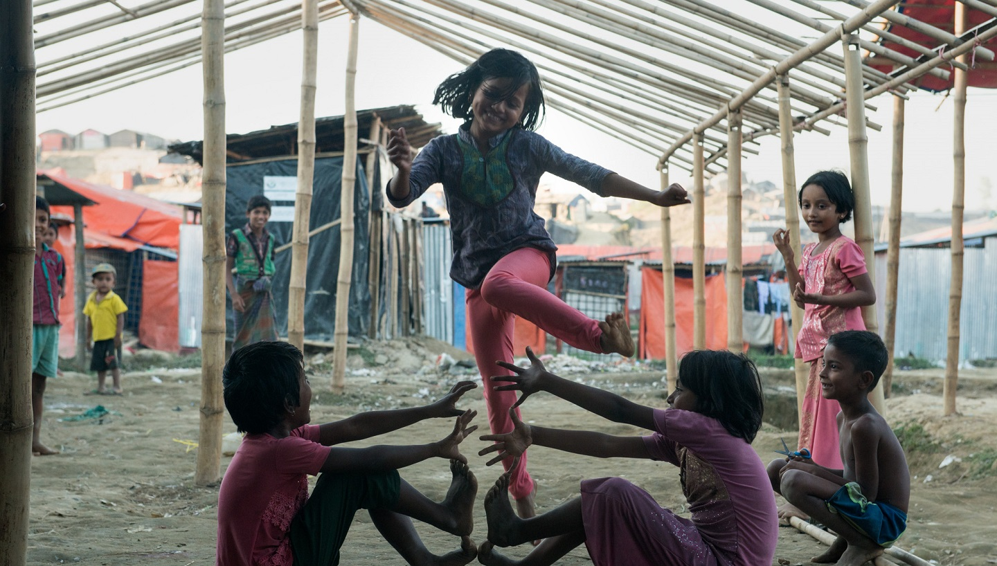 refugee children playing